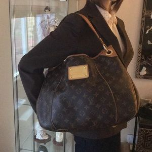Louis Vuitton gm